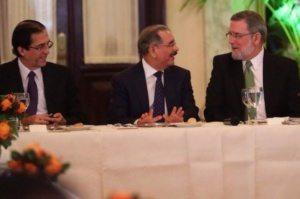 Danilo Medina durante el almuerzo