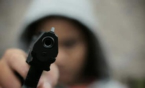 Matan a tiros dos jóvenes en Tamboril, Santiago