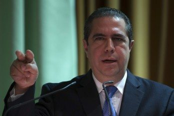 Ministro Turismo dice huracán  Irma no afectó industria turística