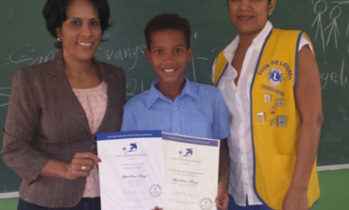 Niño de Río San Juan gana y avanza a siguiente etapa concurso cartel por La Paz Leones Internacional