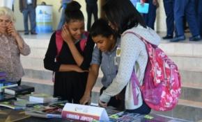Inician Feria del Libro de Historia Dominicana