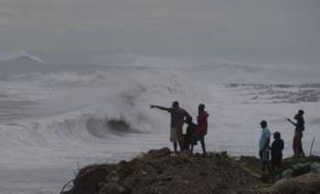 Por alto oleaje el COE incrementa a amarilla la alerta para usuarios de embarcaciones en la costa Atlántica