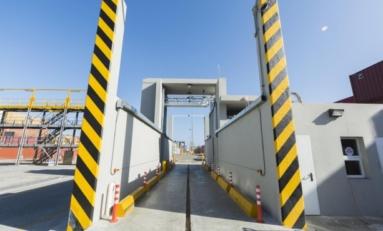 Donan a Aduanas equipo de rayos X para monitorear y vigilar tráfico de mercancías