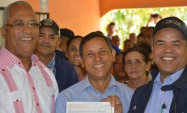 FEDA financia con RD$10 millones a productores de cacao de Rio San Juan