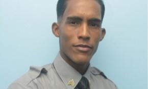 Sargento de la Policía gana Premio Nacional de Poesía