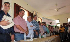 Miles de ganaderos harán tres días de vigilia frente al Ministerio Agricultura