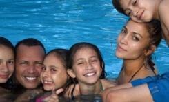Lo. disfrutó un fin de semana en familia junto a Alex Rodríguez