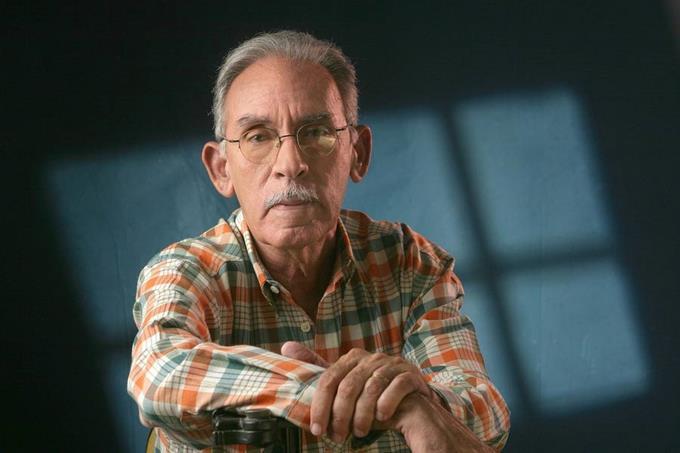 Muere Armando Almánzar escritor, crítico de cine y premio Nacional de Literatura 2012
