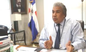 Cónsul dominicano NY descubre y hacer detener abusos contra presos criollos