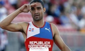 Luguelin Santos gana medallas de oro y plata en torneo en Bélgica