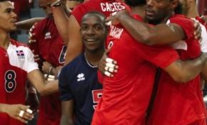 Dominicana derrota 3-0 a Estados Unidos en voleibol masculino