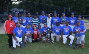 Equipo Azul de la liga del Ozama gana la versión XXXIII del juego de béisbol del recuerdo