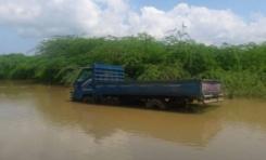 Lluvias mantienen 23,613 personas fuera de sus casas; afectan 58 acueductos y 14 puentes