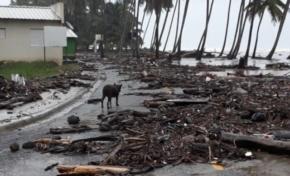Huracán María: Nagua amaneció bajo lluvia y fuertes vientos; mar penetra a playa