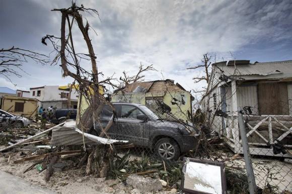 Personal consular dominicano en San Martin pide auxilio tras catástrofe por Irma; no tienen agua ni alimentos