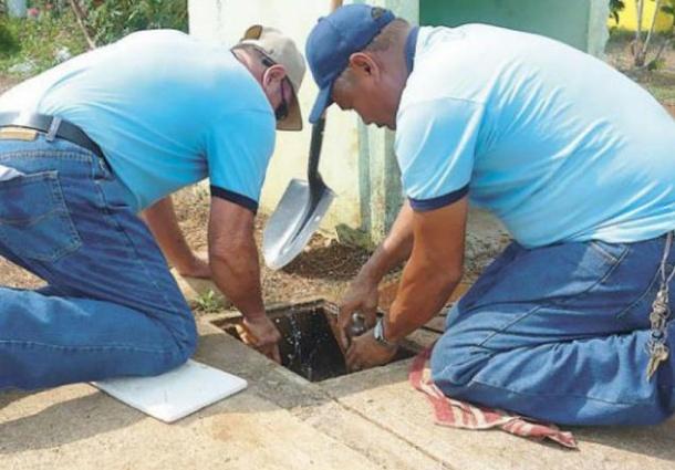 """Tribunal Constitucional sostiene """"es ilegal cortar agua potable"""""""