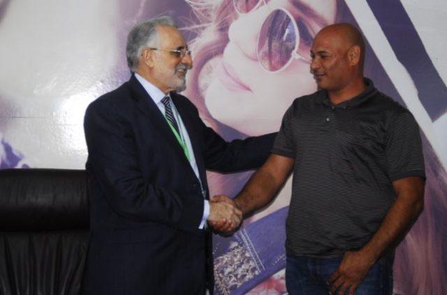 Lidom rehabilita en el béisbol a Félix (El Gatico) Martínez