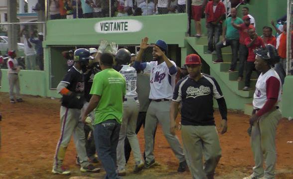 Combinado de Abreu gana novena versión del Clásico de Softbol Luis Hernández