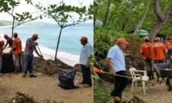 Con ayuda de brigada Obras Públicas, oficina Turismo RSJ realiza operativo de limpieza en Playa Grande