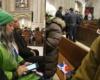 Seguridad primera dama intenta sacar activistas de Marcha Verde de misa a La Altagracia en NY