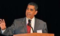 Congresista Espaillat recomienda desmantelar Comisión de Taxis de NY y crear agencia garantice equidad para taxistas