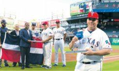 Gobierno RD rinde tributo en Texas al lanzador puertoplateño Bartolo Colón