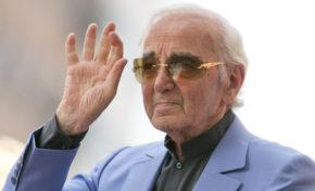 Fallece a los 94 años el popular cantante francés Charles Aznavour