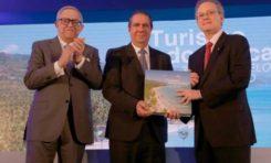 Grupo Popular presenta libro sobre el turismo dominicano
