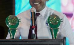 Salvador Batista recibe el gran premio de la prensa turística