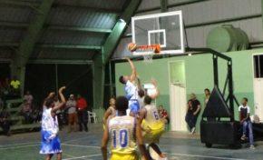 Leñeros pierden invicto ante el Centro y Acapulco al fin logra su primer triunfo en basket superior de Río San Juan