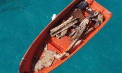 Medio Ambiente suspende permiso a empresa minera tras denuncia de saqueaba barco en Playa Preciosa, Río San Juan